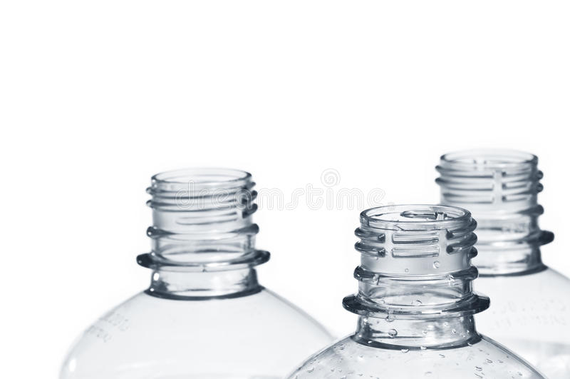 återanvänder tom plast- för flaskor royaltyfri fotografi