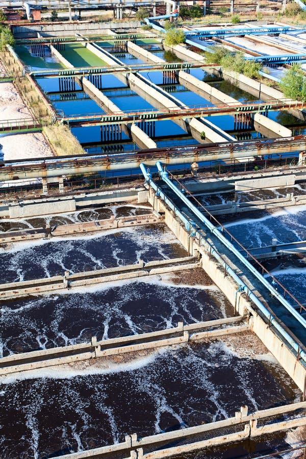 återanvändning av kloakstationsvatten arkivbild