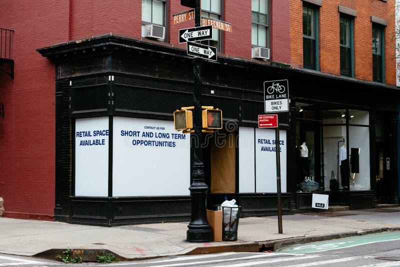 Återförsäljnings- utrymme som är tillgängligt för arrende i New York royaltyfri fotografi