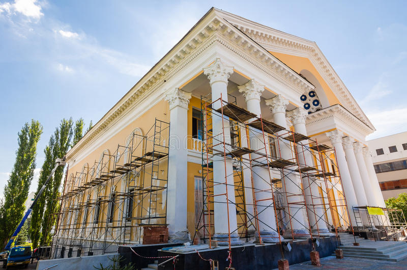 Återställande av gammal byggnad arkivfoton