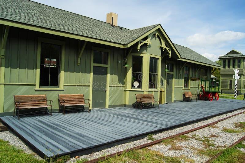 Återställd c- & nolla-drevstation i Clifton Forge, VA royaltyfri foto