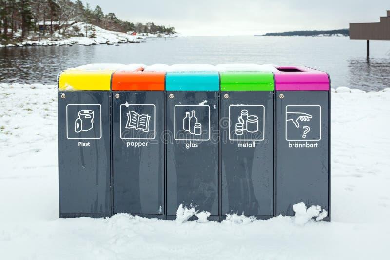 Återvinningfack på Östersjön av Sverige för skyddar miljön royaltyfria foton