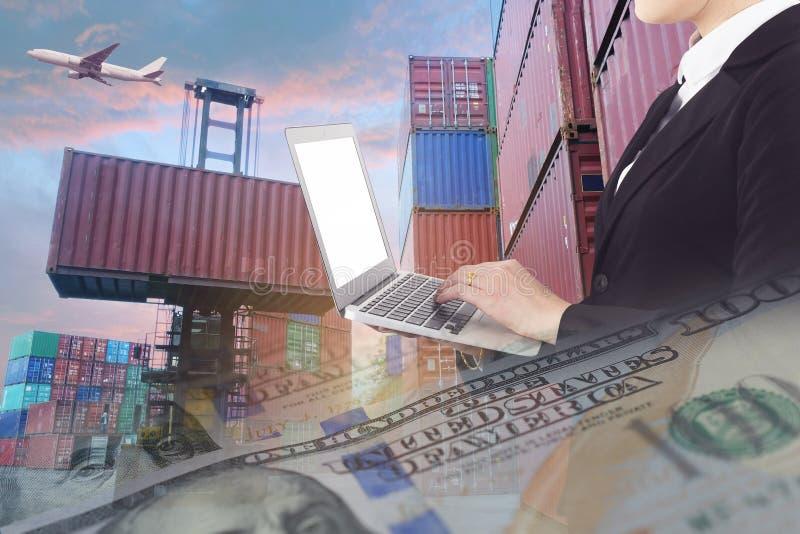Åtskilliga exponeringar av affärssändnings, logistik, overal branschbakgrund arkivfoto