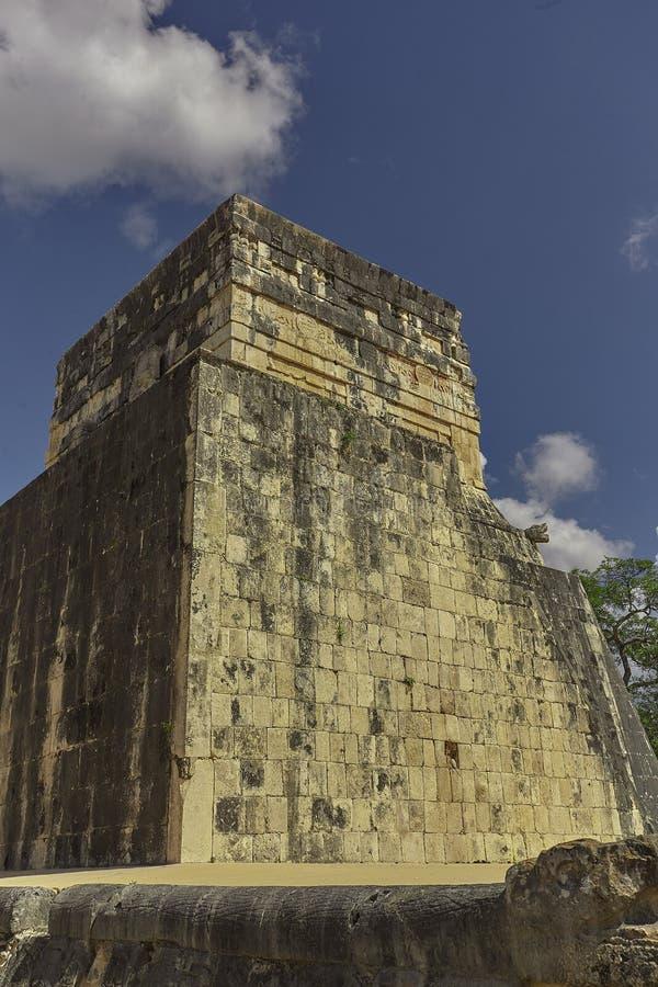 捷豹汽车2的寺庙的后面看法 免版税图库摄影