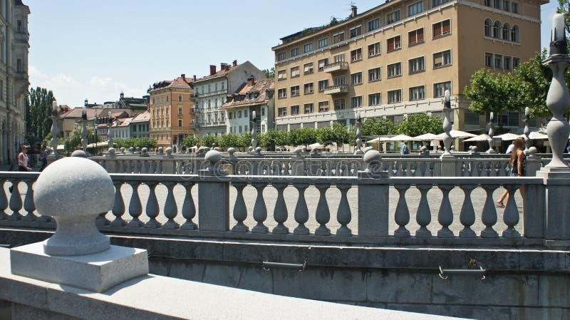 横跨卢布尔雅尼察河,好日子,卢布尔雅那,斯洛文尼亚的三倍桥梁3桥梁 库存照片
