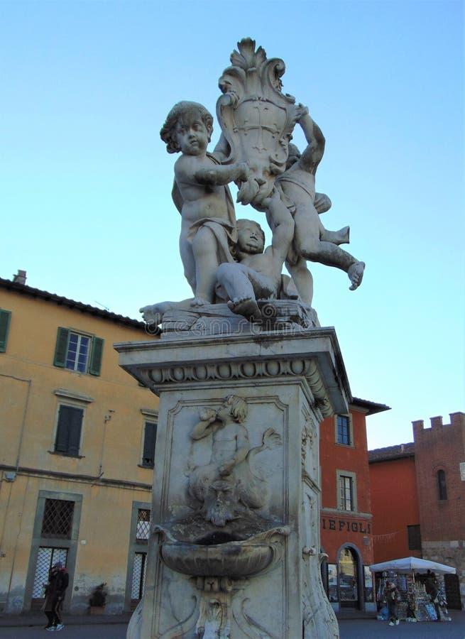 比萨托斯卡纳意大利 芳塔娜dei Putti,有天使的喷泉 免版税图库摄影