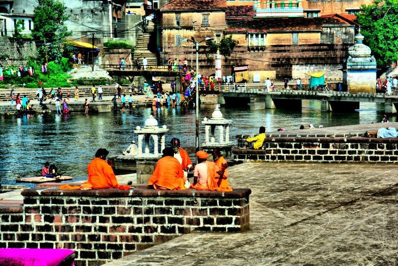 河岸的,浦那,印度宗教人 免版税库存图片