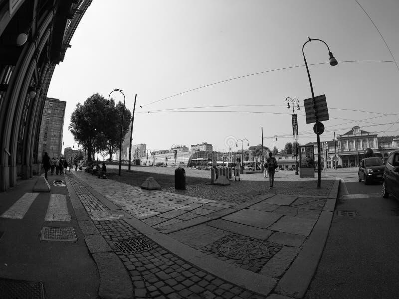 波尔塔苏萨驻地在黑白的都灵 免版税库存照片