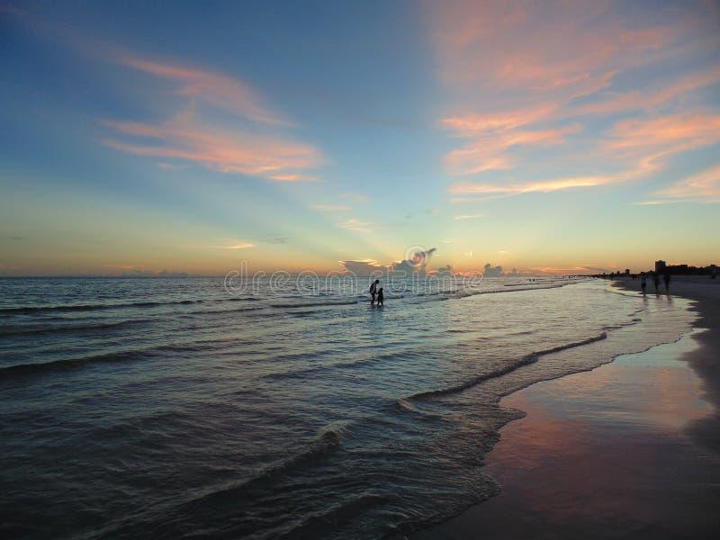 海滩日落午睡钥匙佛罗里达 免版税库存图片