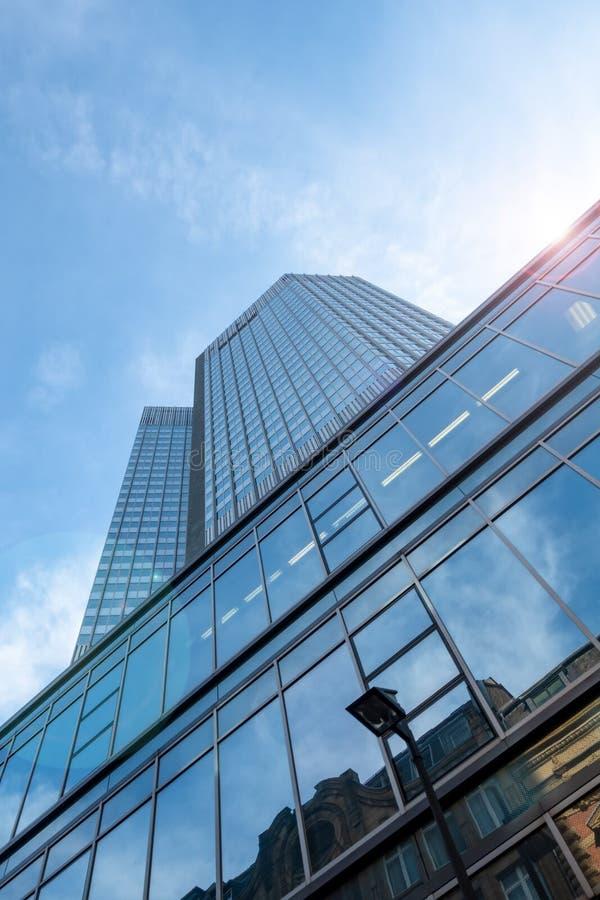 有有些摩天大楼的法兰克福德国 免版税图库摄影