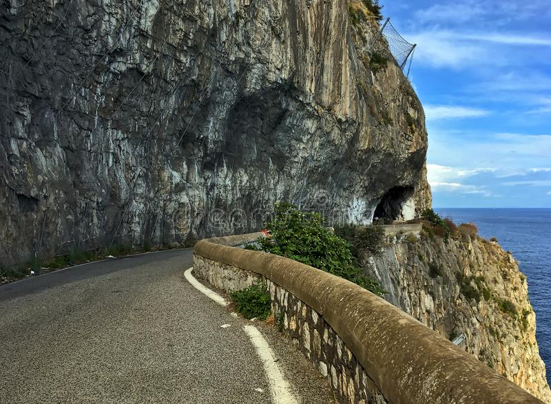有风和风景阿马尔菲海岸路,意大利南部,欧洲 图库摄影