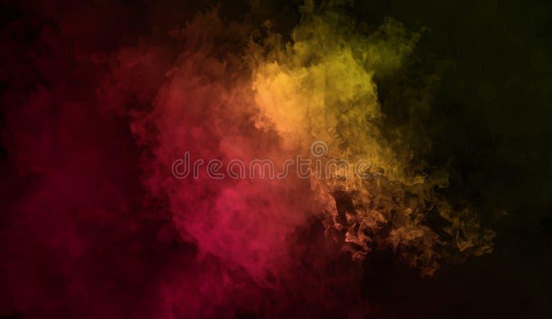 抽象奥秘烟背景 黄色和红色纹理覆盖物雾 库存照片