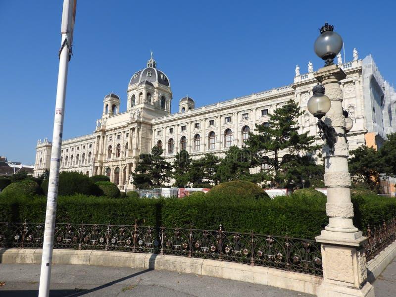 房子门面和纪念碑,维也纳,奥地利石建筑学  库存图片