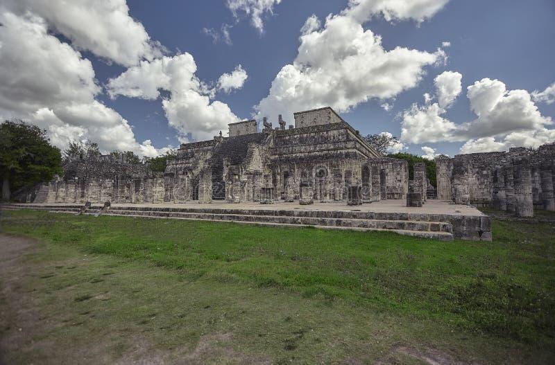 战士3的寺庙的侧视图 免版税库存图片