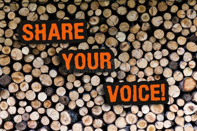 显示份额您的声音的文字笔记 陈列企业的照片告诉您的看法到大家和谈论它与 库存图片