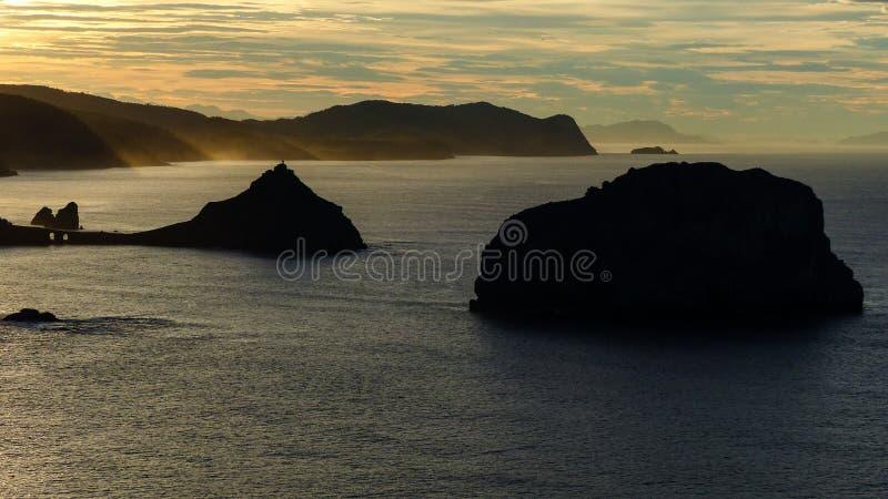 日落在圣胡安de Gaztelugatxe,巴斯克国家,西班牙 库存图片