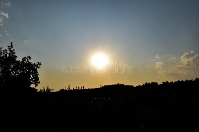 日落在清莱 免版税库存照片