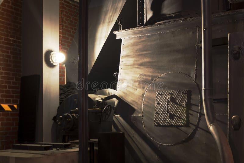 教会被取笑的交叉哥特式波兰看见穹顶 博物馆起义华沙内部  免版税图库摄影