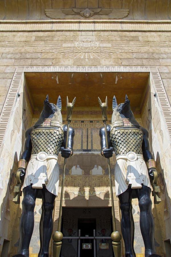 晚年的埃及上帝阿努比斯上帝雕象  免版税图库摄影