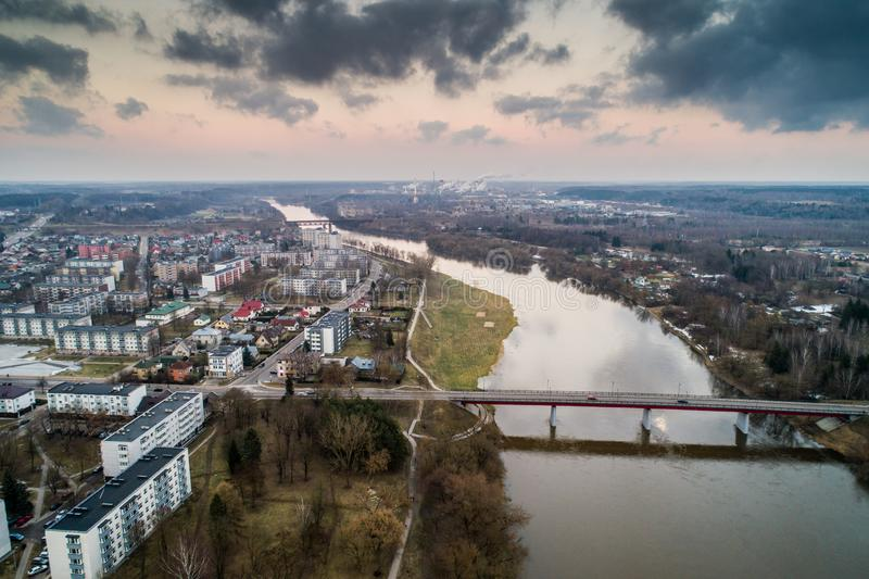 约纳瓦市,立陶宛 空中全景照片 库存照片