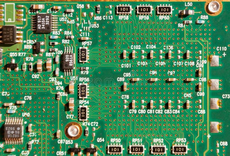 绿色电路板- PCB的图片 计算机curcuit背景 免版税库存图片