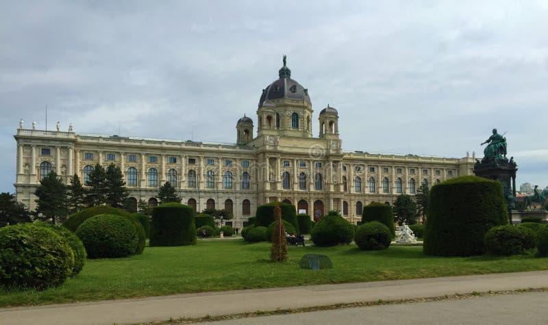 维也纳-其中一欧洲的被参观的市-玛丽亚・特蕾西亚纪念碑 免版税库存照片