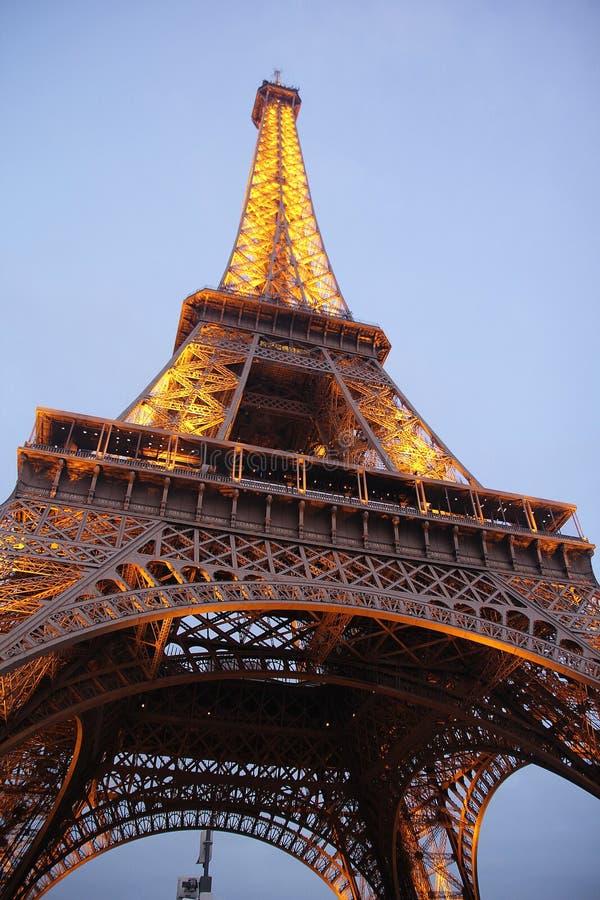美丽的埃菲尔铁塔夜 免版税库存照片