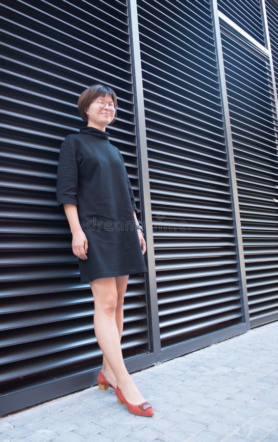 短头发亚裔女孩 免版税库存照片
