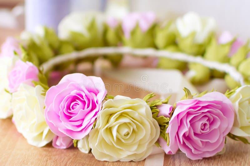 玫瑰装饰花圈  图库摄影