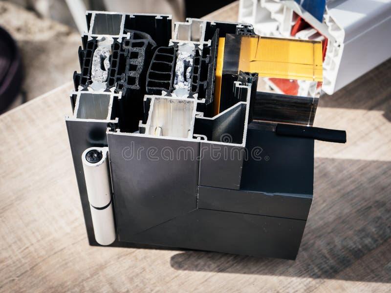 现代PVC窗口外形裁减细节  库存图片