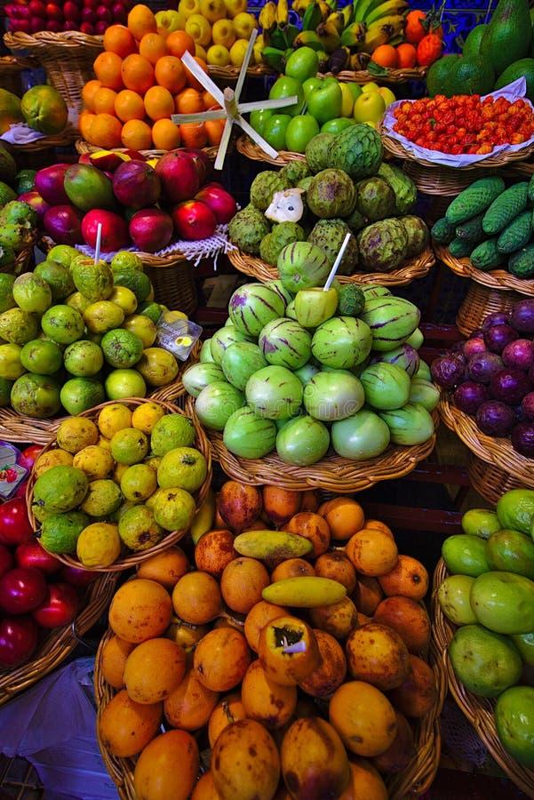 热带的水果摊 免版税图库摄影