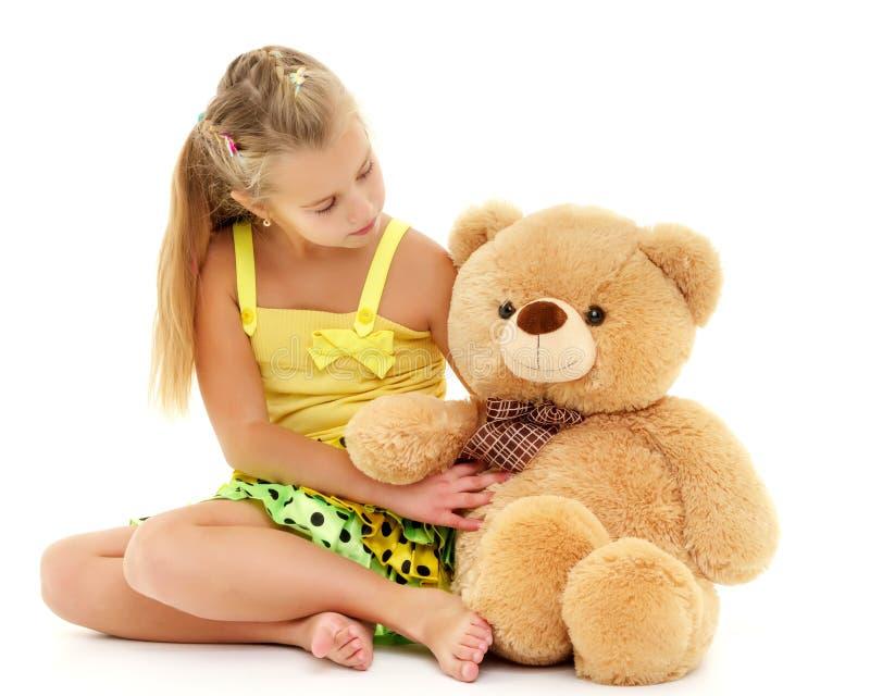熊女孩少许女用连杉衬裤 库存照片