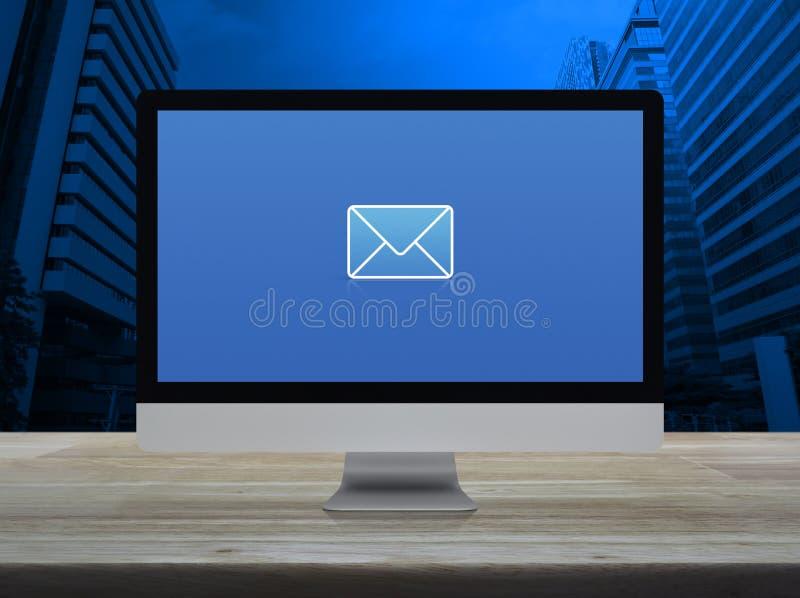 电子邮件平的象,商务联系我们网上概念 库存照片