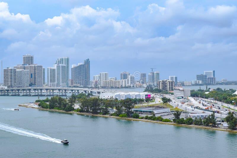 街市迈阿密,佛罗里达空中/寄生虫视图  免版税库存照片