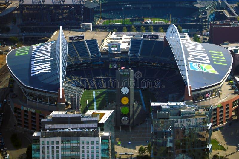 西雅图,美国,2018年8月31日:CenturyLink领域和Safeco领域,西雅图主要体育场的鸟瞰图  免版税库存照片