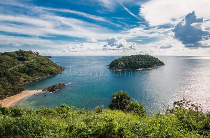 观察台-海角Promtep 海,普吉岛,泰国的全景 免版税库存照片