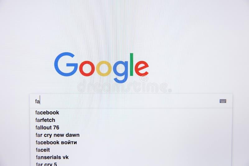 莫斯科/俄罗斯- 2019年2月20日:搜索词语facebook在谷歌中 库存照片