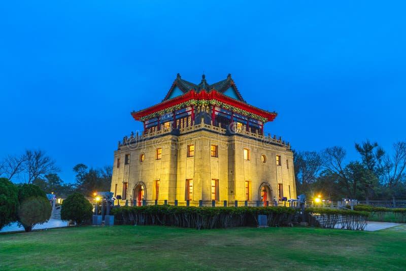 莒光塔在金门,福建在晚上 免版税库存图片