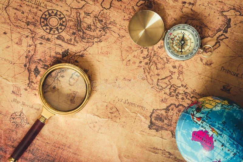 航海探索旅途计划 旅行目的地和远征计划假期旅行 关闭布局扩大化 库存图片