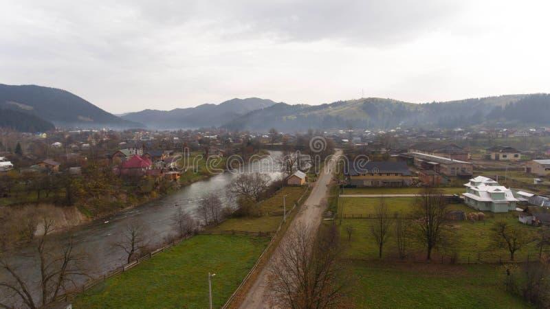 自然美丽的景色在喀尔巴阡山脉附近的 库存照片