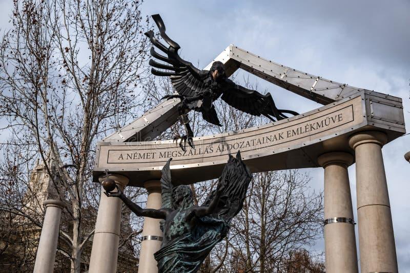 自由正方形 对德国和匈牙利纳粹主义的受害者的纪念碑 免版税库存照片