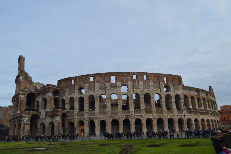 老和历史的罗马斗兽场在罗马,意大利 库存图片