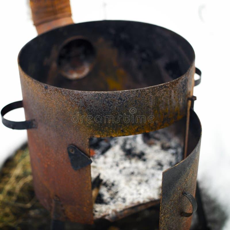 老生锈的火炉 库存图片