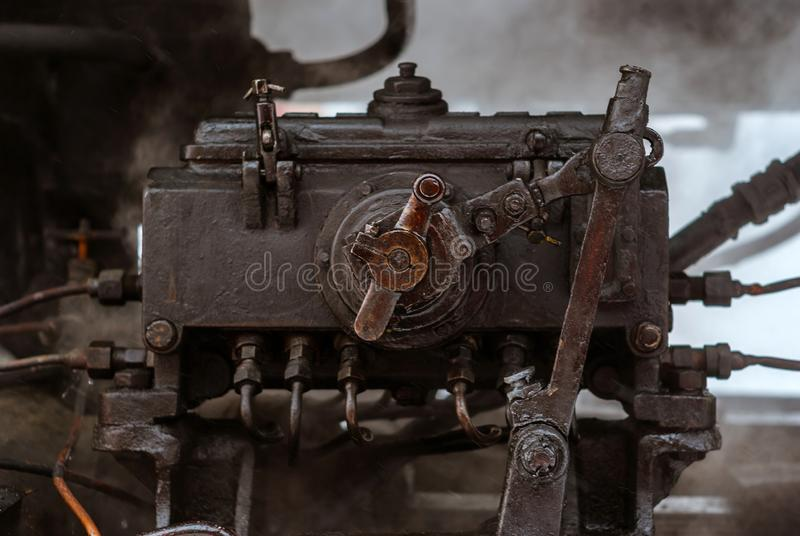 蒸汽机车的阀门齿轮的片段 免版税图库摄影