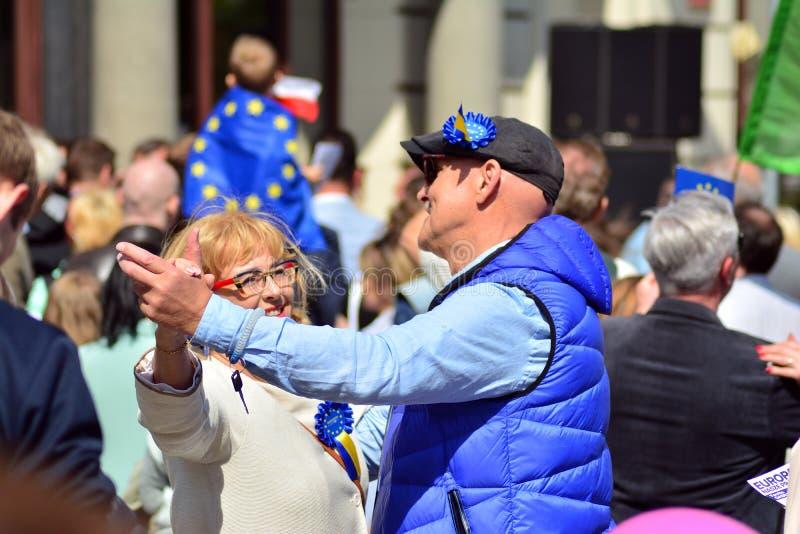 15ème anniversaire d'adhésion de Poland's à l'Union européenne Un festival sur la rue de Krakowskie Przedmiescie image stock