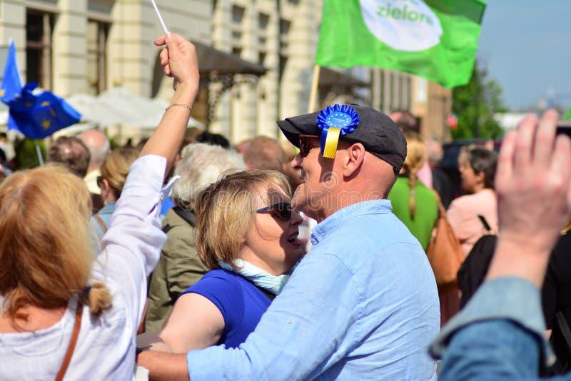 15ème anniversaire d'adhésion de Poland's à l'Union européenne Un festival sur la rue de Krakowskie Przedmiescie photographie stock libre de droits