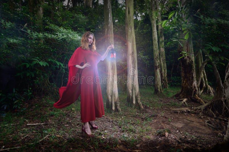 Ève dans le jardin d'Éden photo libre de droits