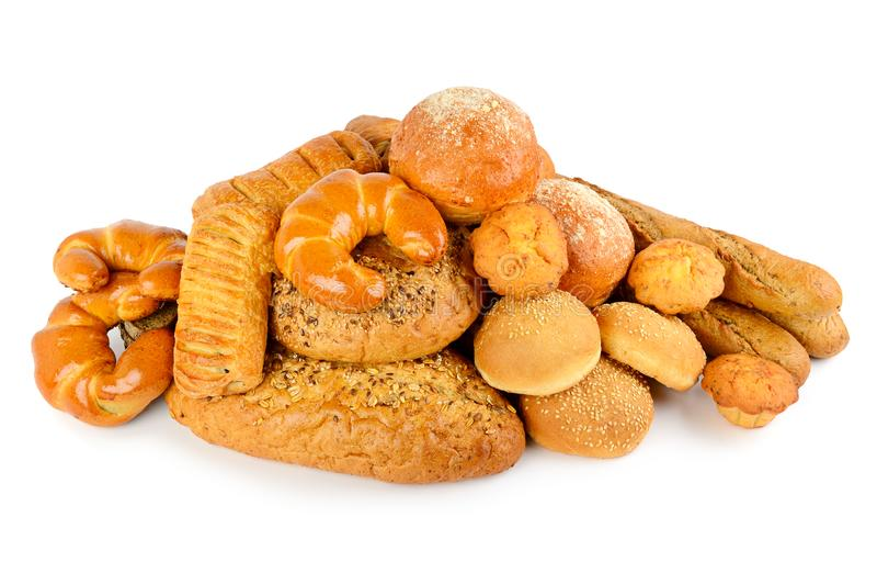 面包、在白色和其他面包产品隔绝的小圆面包、新月形面包 免版税库存照片