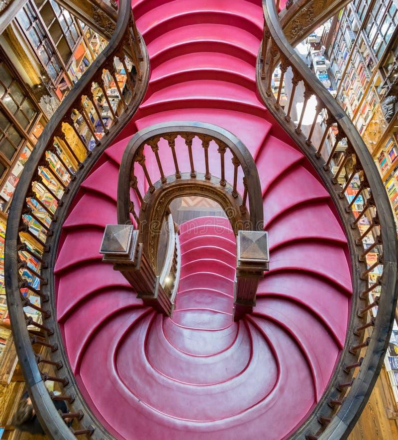 顶视图里面台阶美丽的莱洛& Irmao书店 波尔图 葡萄牙 库存照片