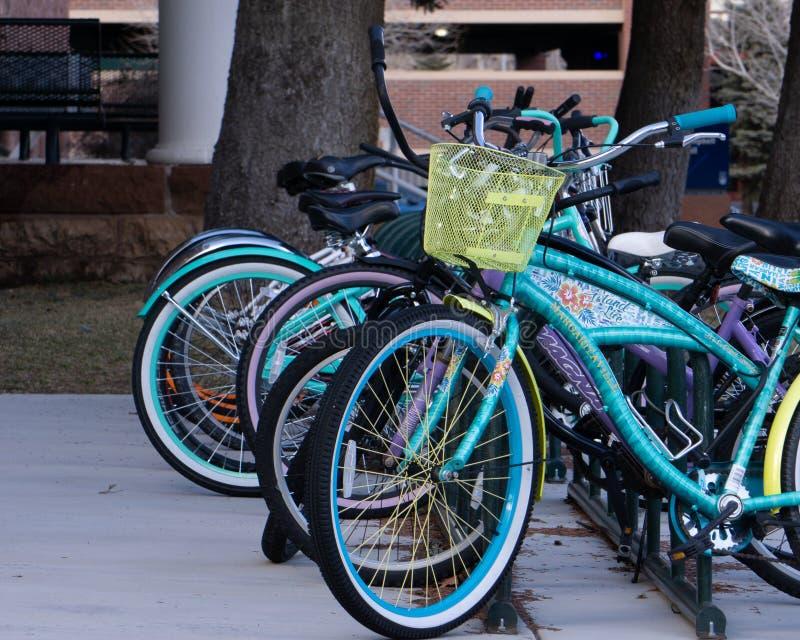 骑自行车机架,旗竿,AZ 库存照片
